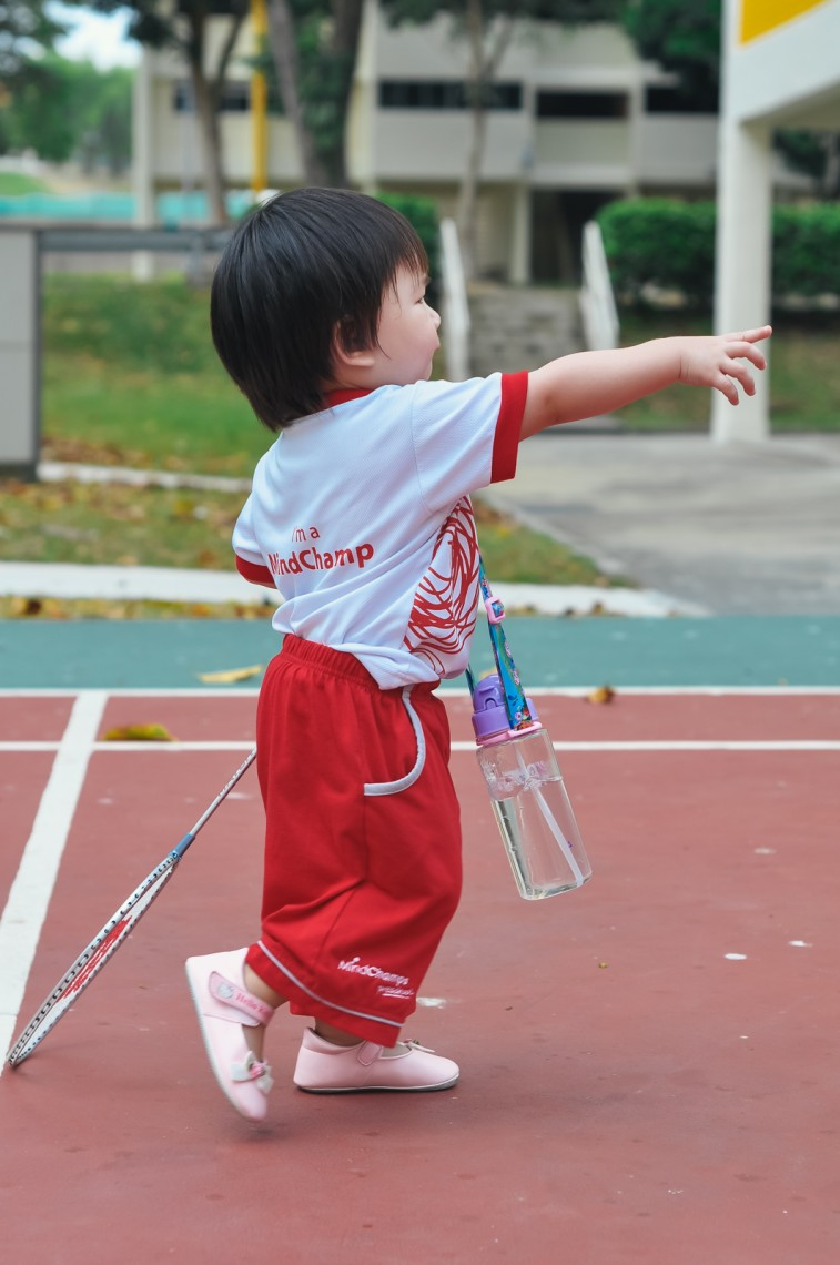 Ruiying plays badminton